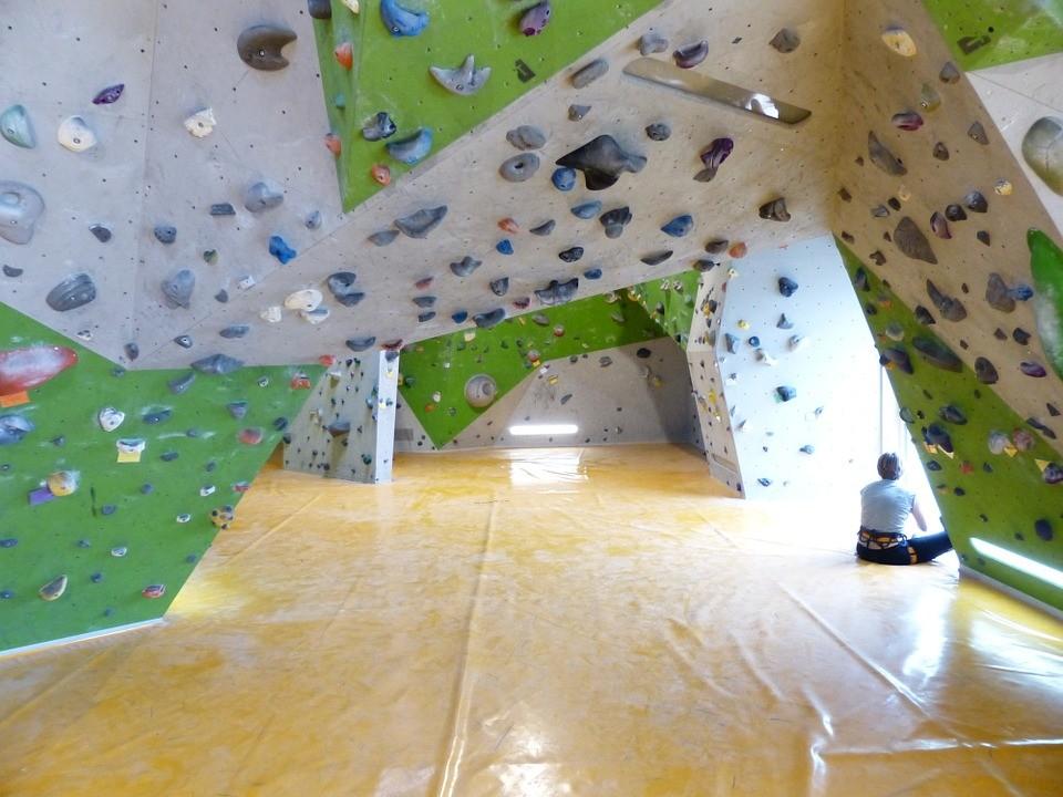 Umělé stěny na bouldering